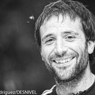Alex Txikon en la Semana de la Montaña de Tres Cantos 2014  (© Darío Rodríguez/DESNIVEL)