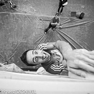 El escalador extremeño Javi Cano en el Campeonato España Escalada en Bloque 2014 donde quedó segundo. (© Darío Rodríguez/DESNIVEL)