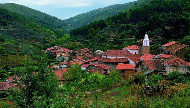 Ruta por el valle del río Árrago en la Sierra de Gata  (Rafael Álvarez)