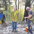 Dave MacLeod se dispone a asegurar a un participante en el Gore-Tex Climbing Day de la IMS 2014  (Isaac Fernández / Desnivel.com)