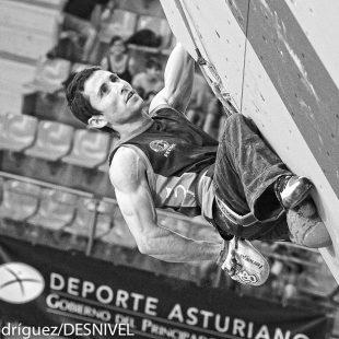 Ramon Julian Puigblanque Ramonet en la semifinal Campeonato Mundo Escalada Gijón 2014