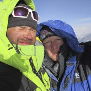 Alexey Lonchinsky y Alexander Gukov en la cima del Thamserku  (RussianclimbCom)