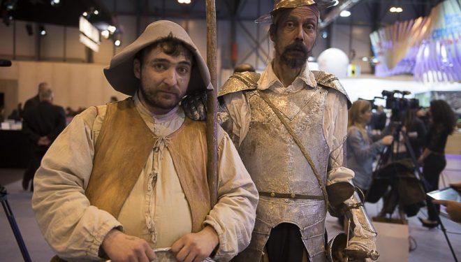Pintorescos Quijote y Sancho en Fitur 2015  (©Darío Rodríguez)