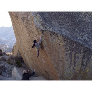 Ashima Shiraishi en The swarm 8B/+ de Bishop  (Rob Mulligan)