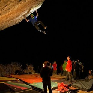 Daniel Woods en The Process 8C+ de Bishop (David Clifford Photography)