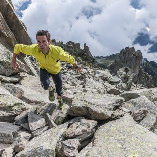 El reloj f?nix® 3 de Garmin incorpora características optimizadas para los corredores de montaña. (Garmin)