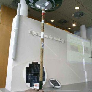 El punto de información se alimentará con energía solar.  ()