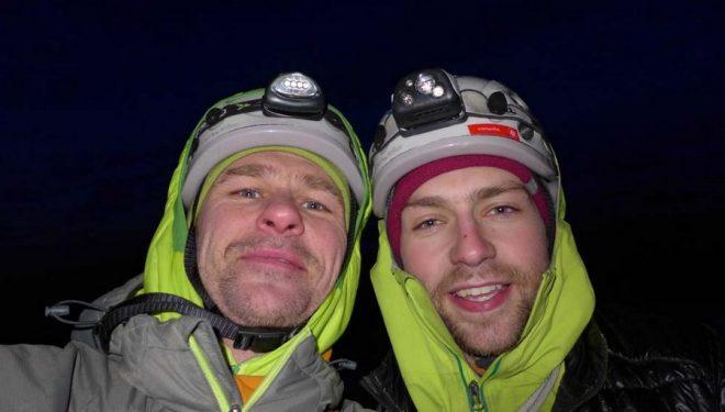 Guy Robertson y Greg Boswell en la cima del Cùl Mòr  (Col. G. Boswell)