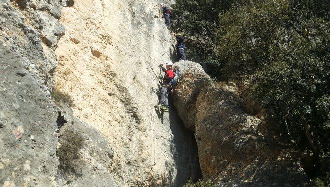 Un tramo vertical de la ferrata.  (Parque Natural del Montsant)