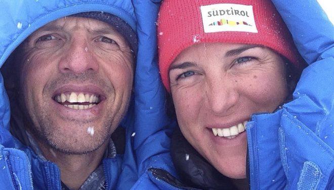 Simone Moro y Tamara Lunger en el campo base del Manaslu. Invierno 2015  (©Simone Moro)