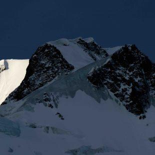 Nanga Parbat en invierno visto desde el campo base. 2015  (Alex Txikon)