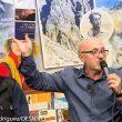 Ramón Portilla y Sebastián Álvaro en la Librería Desnivel muestran sus libros imprescindibles