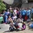 Foto de familia de la jornada de limpieza de pintadas en Torrelodones