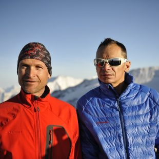 "Bernhard ""Beni"" Hug y Tony Sbalbi ascienden en esquí de montaña siete picos de 4.000 metros en 24 horas.  ()"