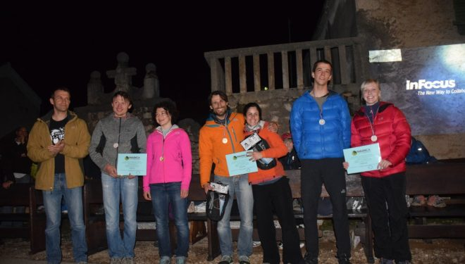 Las tres cordadas mixtas ganadoras del Maraton del International Climbers Meeting de Paklenica 2015.Juana González y Arnau Julià en el centro.  (Rafa Vadillo)