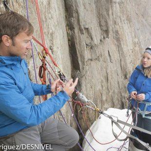 El escalador y alpinista canadiense Paul McSorley en el clinic de escalada en Big Wall que impartió en la Arc´teryx Alpine Academy 2015 celebrada en Chamonix.  (© Darío Rodríguez/DESNIVEL)