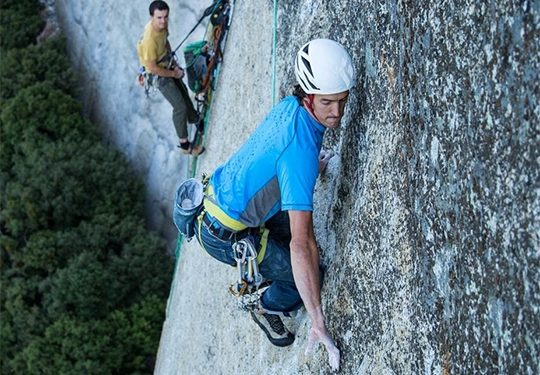 Mason Earle en Heart route al Capitan (Yosemite)  (Ben Ditto / Eddie Bauer)