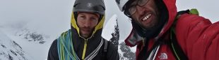 Hansjörg Auer y Much Mayr en la cima del Mt. Reaper (Alaska)  (H. Auer / M. Mayr)