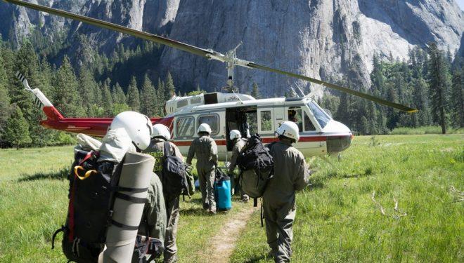 El equipo de rescatadores de Yosemite se prepara para iniciar una operación en El Capitan  (ClimbingYosemite.com)
