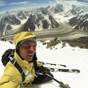 Andrzej Bargiel durante la fase de aclimatación en el Broad Peak
