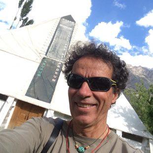 Oscar Cadiach en la marcha de aproximación al Broad Peak 2015 (©Oscar Cadiach)