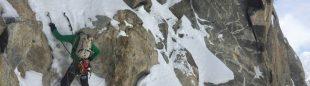 Scott Bennett durante la ascensión a la arista suroeste del K6 Oeste (Karakórum