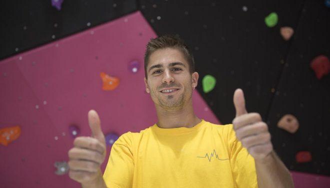 Dani Moreno en la inauguración Climbat Badalona. Septiembre 2015.  (Darío Rodríguez)