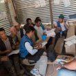 Labores de ayuda de la ONG Ayuda Directa Himalaya para reconstruir una escuela afectada por el  terremoto de Nepal de abril de 2015  (©Ayuda Directa Himalaya)