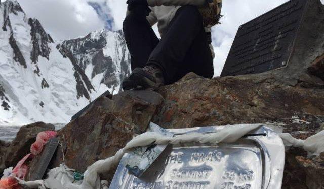 Sequoia Di Angelo en el K2 rindiendo homenaje a su hermano y su padre
