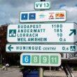 Carteles de las Eurovelo 6 y 15 en Alsacia  (Dioni Serrano / GRANDES ESPACIOS)