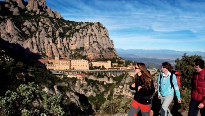 El macizo de Montserrat es el punto fuerte del Geoparque de la Cataluña Central. Su sigular composición desvela alguno de los procesos geológicos que han dibujado el relieve actual de la península Ibérica.  (ACT / Daniel Juliá)