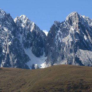 Macizos de Gangga y Kawarori. Tibet Este.  ()