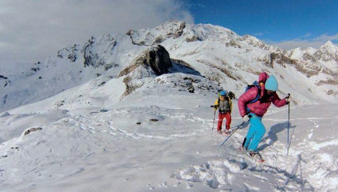 Llegando al collado de La Fita. Detrás la peña conocida como La Fita y en segundo plano Las Ferraturas. Valle de Tena.  (Fede San Sebastián)