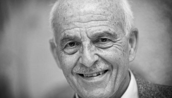 El alpinista y científico Salvador Rivas. Premio Nacional Sociedad Geográfica Española 2013.  ()