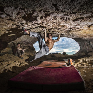 Chris Sharma en Catalan Witness the Fitness