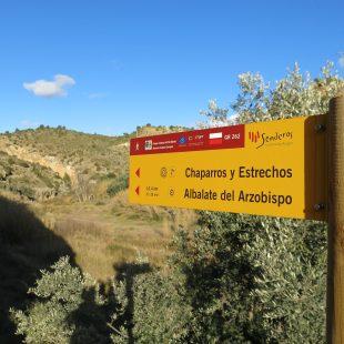 Poste se señalización del sendero de gran recorrido GR 262