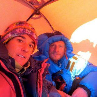 Elisabeth Revol y Tomek Mackiewicz en su tienda en el Nanga Parbat invernal. Enero 2016 (Col. T. Mackiewicz)