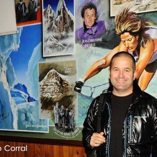 David de Esteban Resino al término de la conferencia en la Librería Desnivel  (Ángel Pablo Corral)