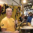 Stevie Haston muestra los nuevos piolets de Grivel