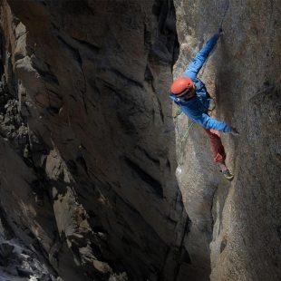 Edu Marín en Voie Petit 450m 8b en el Grand Capucin a 3.800m de altura  ()