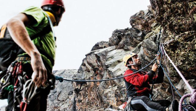 La cuerda como cabo de anclaje presenta un mayor dinamismo y rango de seguridad que cualquier anillo de cinta del mercado.  (Curro Martínez)