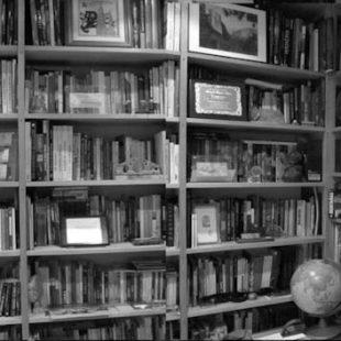 Biblioteca de Ramón Portilla. 2016 (©Ramón Portilla)