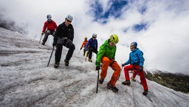 Técnicas en hielo en la Arcteryx Alpine Academy 2016  ()