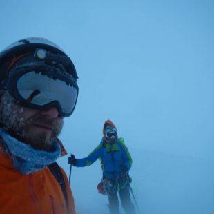 Ibai Rico y Evan Miles cruzan el inexplorado campo de hielo Cloue (Tierra de Fuego