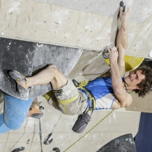 Adam Ondra en el Copa del Mundo de Dificultad 2015 de Kranj. Noviembre 2015 (IFSC)