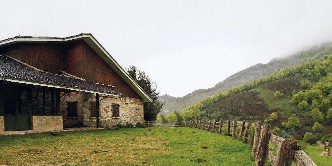 Refugio de Brañagallones  ()