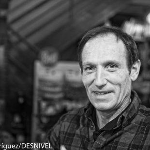 Alberto Zerain en la Librería Desnivel en marzo 2016 pocos días antes de partir al Dhaulagiri con Juanito Oiarzabal. (© Darío Rodríguez/DESNIVEL)