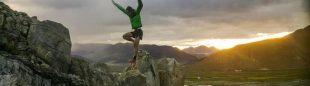 Kilian Jornet entrena en los alrededores de Tingri para su intento al Everest  (Foto: Summits of my Life)