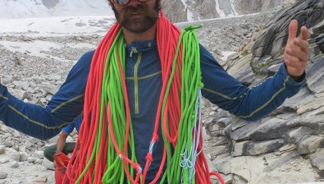 Scott Adamson durante la expedición al Baintha Brakk II de 2015 (Foto: Kyle Dempster)