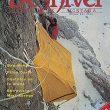 Portada del número 8 de la revista Desnivel con una foto de la primera ascensión de Sueños de Invierno invierno en 1983.  ()